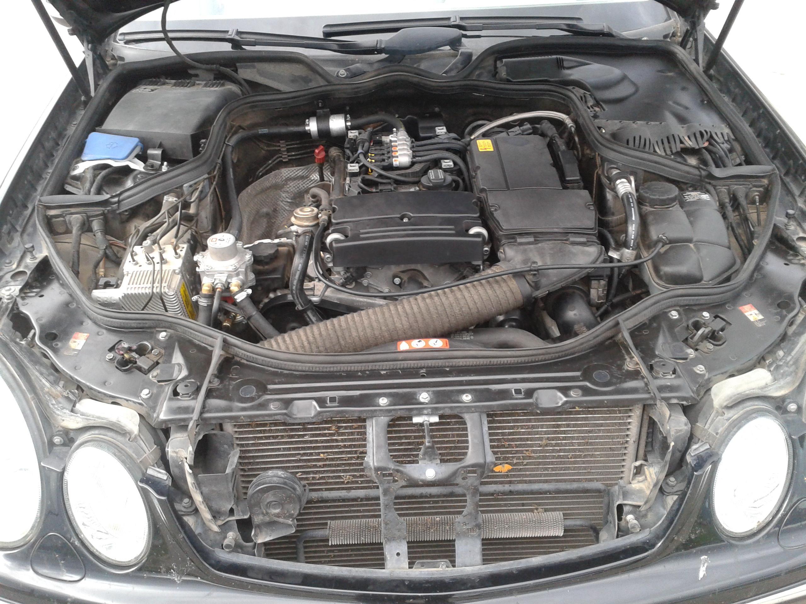 ΦΩΤΟΓΡΑΦΙΕΣ ΑΠΟ : Υγραεριοκίνηση Αυτοκινήτων 'Αφοί Γιώβη' - MERCEDES E200 - BRC